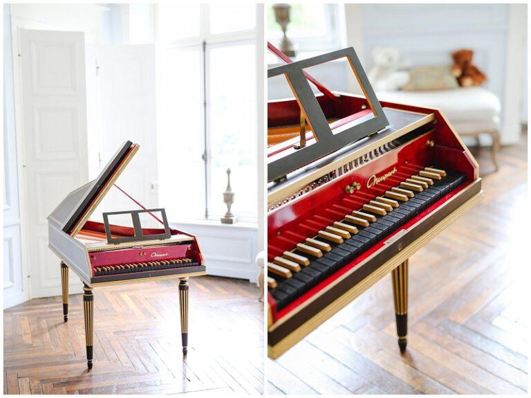 piano clavecin rouge