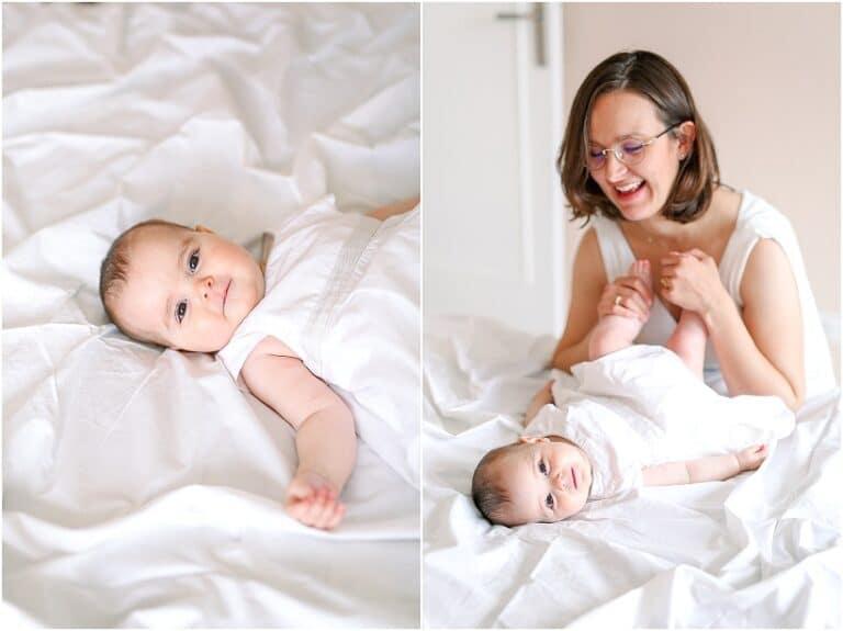 maman qui joue avec bébé
